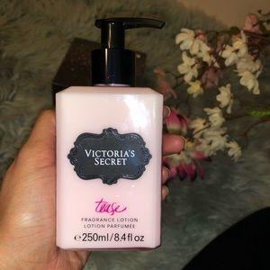 Victoria's Secret Tease perfum lotion